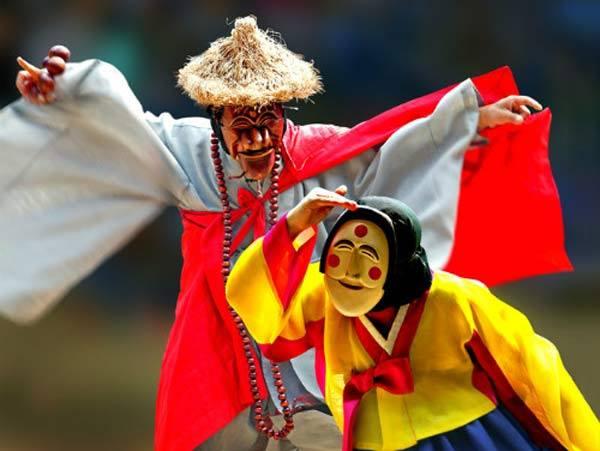 10 Korean customs to know before you visit Korea