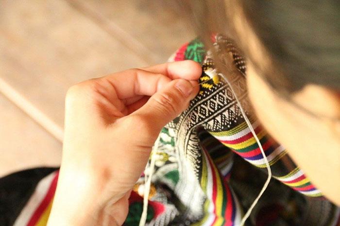 thai-ethnic-hand-embroidery-workshop